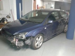 Vendo Ford Focus accidentado 2007