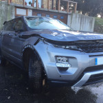 Range Rover Evoque siniestrado