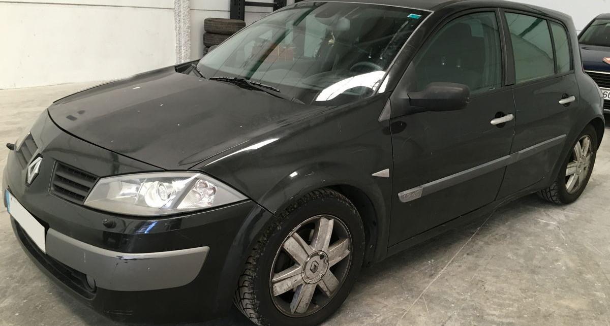 Renault Megane averiado 1.9 dci