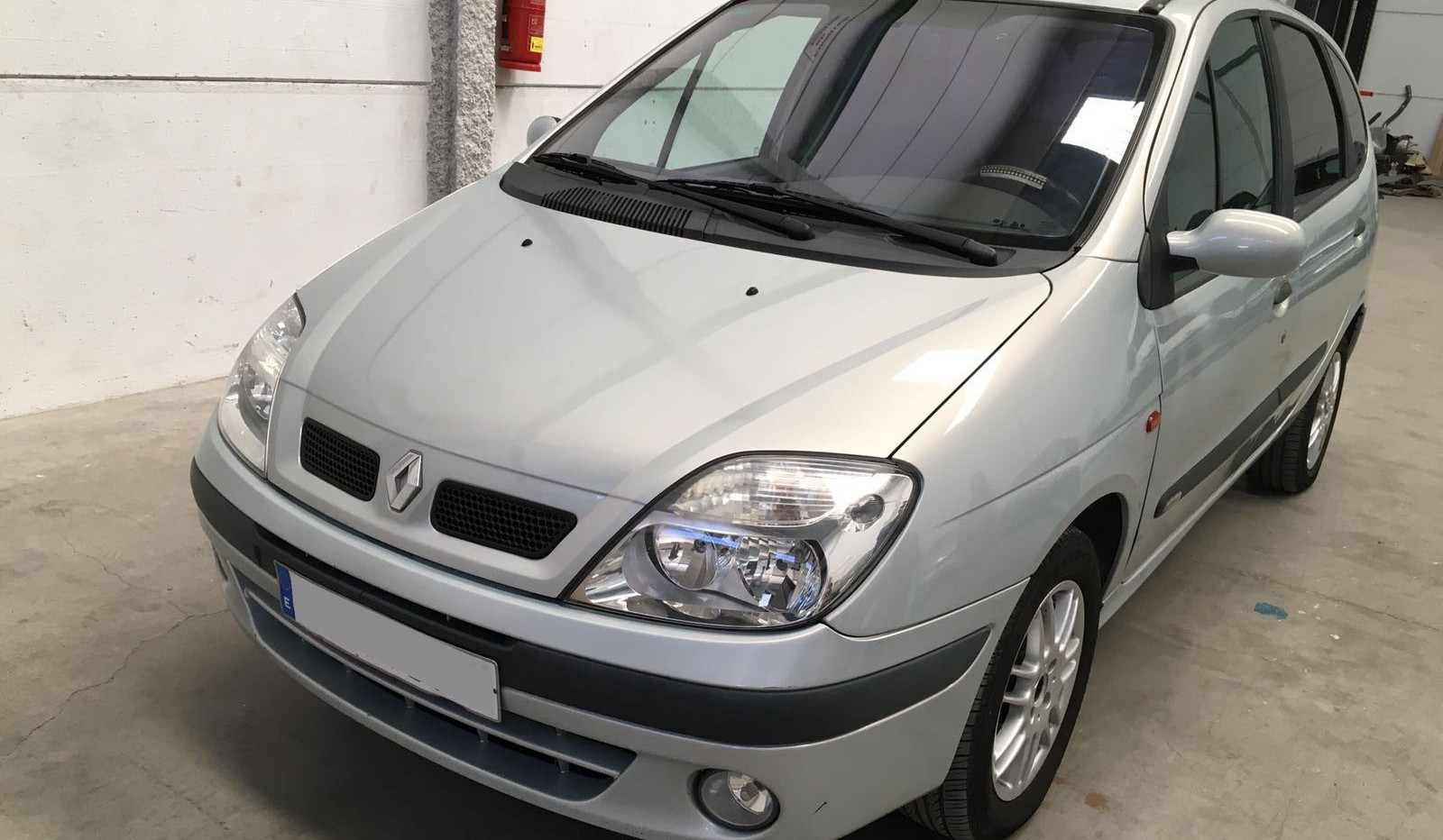 Renault Scenic 1.9 dci segundamano venta